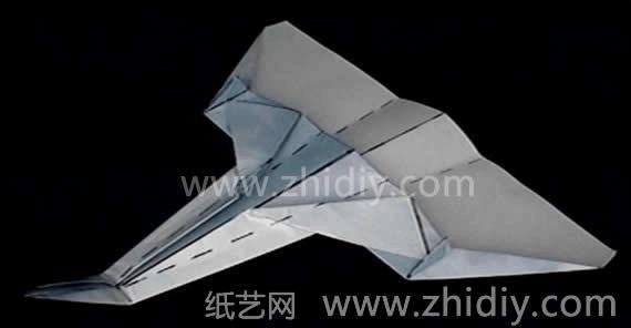 飞的最远的纸飞机