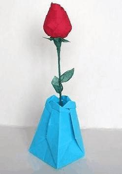 三角折纸花瓶折纸教程