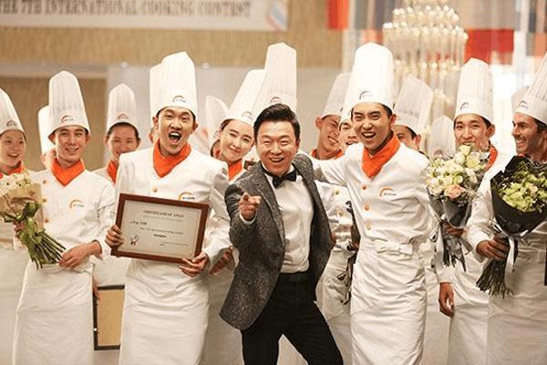 重庆新东方烹饪学校学费主要由包含学费,实习材料费,公寓用品费,住宿图片