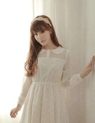 初秋来临 时尚甜美MM最佳服装搭配方案