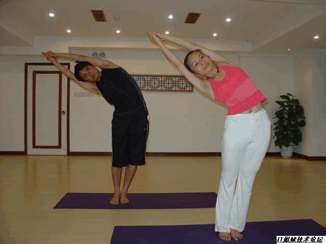 26式高温瑜伽图片