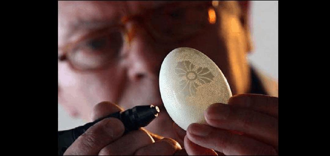 蛋壳雕刻艺术品ppt图片